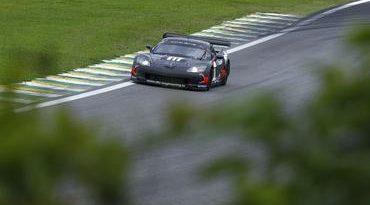 FIA GT: Com brasileiros na frente, Jimenez crava o melhor tempo do dia