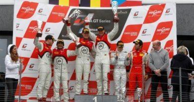 FIA GT Series: Mesmo com desclassificação, WRT faz a dobradinha na prova principal em Nogaro