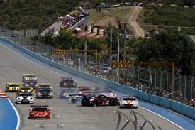 FIA GT: Yelmer Buurman/Francesco Pastorelli vencem novamente na Argentina