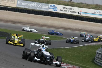 F-Renault Européia: Pipo larga em sétimo neste domingo em Spa
