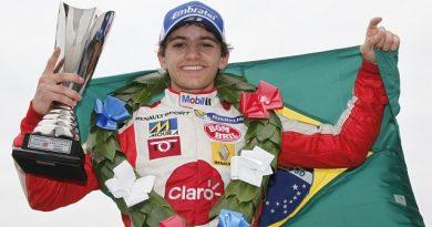 F-Renault Britânica: Pietro Fittipaldi vence as três provas em Donington Park