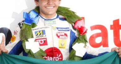 F-Renault Britânica: Pietro Fittipaldi completa oito vitórias seguidas