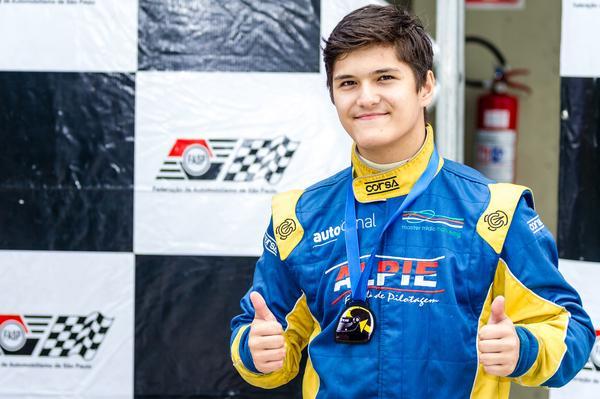 Fórmula Vee: Alberto Cesar Otazú, do kart amador à estreia no automobilismo