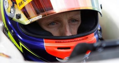 GP3: Romain Grosjean faz primeiro teste do carro