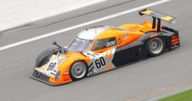 24 Horas de Daytona: Com 64 voltas disputadas Scott Dixon lidera