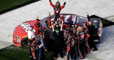 NASCAR Monster Energy Cup Series: Kurt Busch vence a 500 Milhas de Daytona