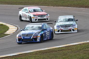 Mercedes-Benz Grand Challenge: Marcelo Hahn vence a quarta etapa do Mercedes-Benz Grand Challenge