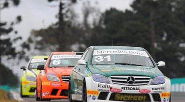 Mercedes-Benz Grand Challenge: Arrancada final garante vitória de Márcio Campos em Pinhais