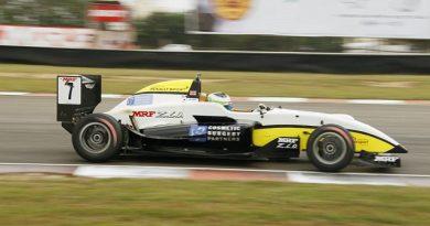 MRF Challenge Formula 2000 Championship: Toby Sowery é o campeão de 2014/2015