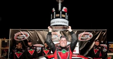 NASCAR Canadian Tire Series: Scott Steckly é o Campeão de 2011