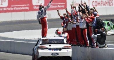 NASCAR Energy Monster Cup Series: Kevin Harvick vence em Sonoma