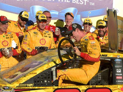 NASCAR Sprint Cup Series: Joey Logano vence em Talladega