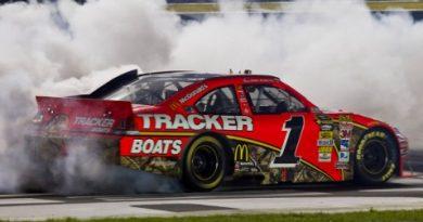 NASCAR Sprint Cup Series: Jamie McMurray vence em Charlotte