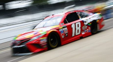 NASCAR Monster Energy Cup Series: Kyle Busch marca a pole-position em Indianápolis