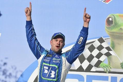 NASCAR Monster Energy Cup Series: Ricky Stenhouse Jr. vence em Talladega