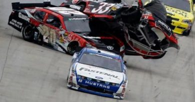 NASCAR Nationwide Series: Carl Edwards escapa de acidente e vence em Dover