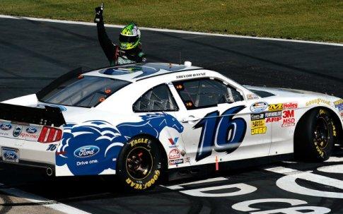 NASCAR Nationwide Series: No Texas, Trevor Bayne vence pela primeira vez