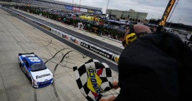 NASCAR Nationwide Series: Carl Edwards vence em Dover