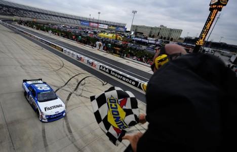 NASCAR Nationwide Series: Carl Edwards vence em Dover