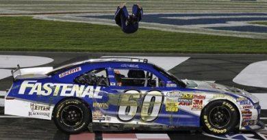NASCAR Nationwide Series: Carl Edwards vence em Charlotte