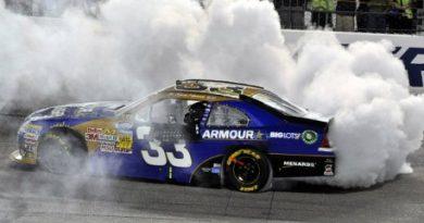 NASCAR Nationwide Series: Kevin Harvick vence em Richmond