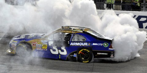 NASCAR Nationwide Series: Kevin Harvick vence em Richmond