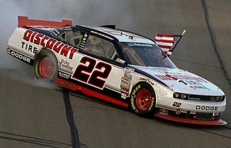 NASCAR Nationwide Series: Brad Keselowski vence no Kansas