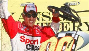 NASCAR Nationwide Series: Joey Logano vence no Kansas