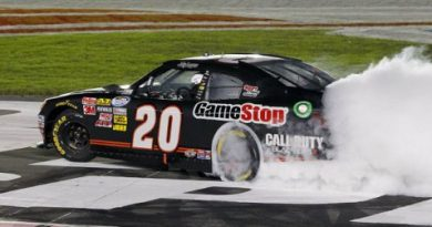 NASCAR Nationwide Series: Joey Logano vence em Charlotte