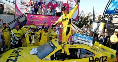 NASCAR Nationwide Series: Joey Logano vence em Dover