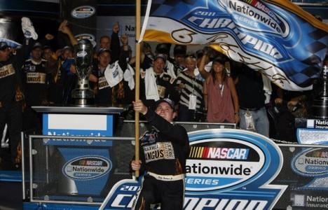 NASCAR Nationwide Series: Brad Keselowski vence em Miami. Ricky Stenhouse Jr. é o Campeão de 2011