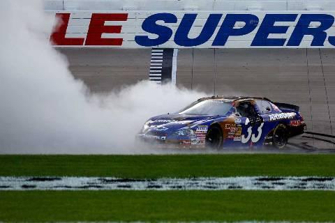 NASCAR Nationwide Series: Kevin Harvick vence em Nashville