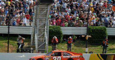 NASCAR Sprint Cup Series: Joey Logano vence em Pocono