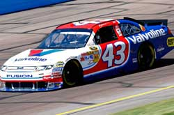 NASCAR Sprint Cup Series: A.J. Allmendinger sai na pole em Phoenix