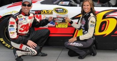 NASCAR Sprint Cup Series: Por 0s001, Greg Biffle marca a pole em Bristol