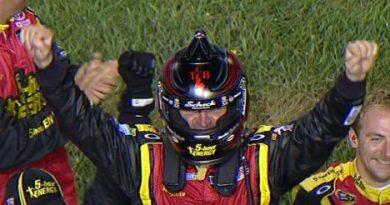 NASCAR Sprint Cup Series: Clint Bowyer vence em Richmond
