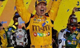 NASCAR Sprint Cup Series: Kyle Busch vence no Kansas