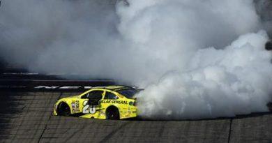 NASCAR Sprint Cup Series: Matt Kenseth vence em New Hampshire