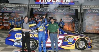 NASCAR Sprint Cup: Martin Truex Jr. marca a pole no Texas
