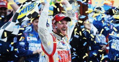 NASCAR Sprint Cup Series: Dale Earnhardt Jr. vence em Martinsville