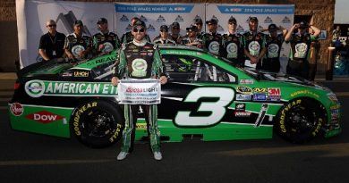 NASCAR Sprint Cup Series: Austin Dillon marca a pole no Auto Club Speedway