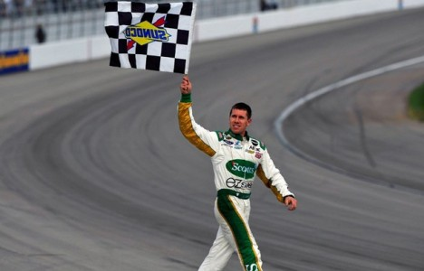 NASCAR Sprint Cup Series: Carl Edwards vence em Las Vegas