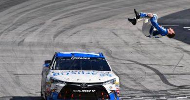 NASCAR Sprint Cup Series: Carl Edwards vence em Bristol