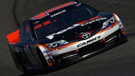 NASCAR Sprint Cup Series: Denny Hamlin marca a pole em Fontana