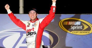 NASCAR Sprint Cup Series: Denny Hamlin vence em Atlanta