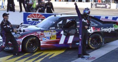 NASCAR Sprint Cup: Denny Hamlin domina em New Hampshire