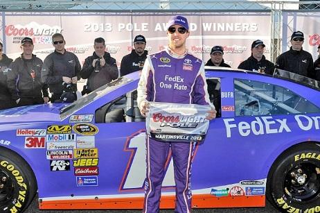 NASCAR Sprint Cup Series: Denny Hamlin marca a pole em Martinsville