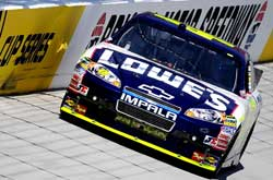 NASCAR Sprint Cup Series: Jimmie Johnson sai na pole em Bristol