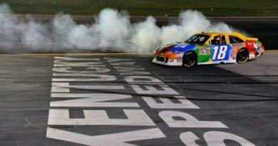 NASCAR Sprint Cup Series: Kyle Busch vence em Kentucky