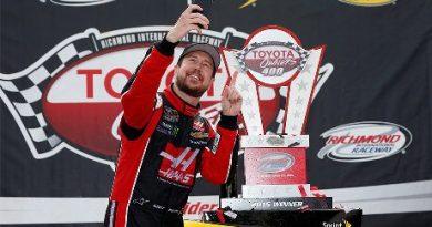 NASCAR Sprint Cup Series: Kurt Busch vence em Richmond